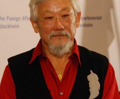 Suzuki most admired Canadian in poll