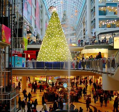 Canadians stressed by holiday budgeting, survey finds