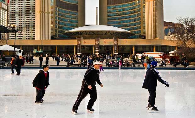 Toronto outdoor skating rinks extend operations into March