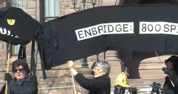 Enbridge pipeline sparks protest at Queen's Park