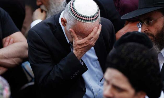 Bloody attack kills four in Jerusalem