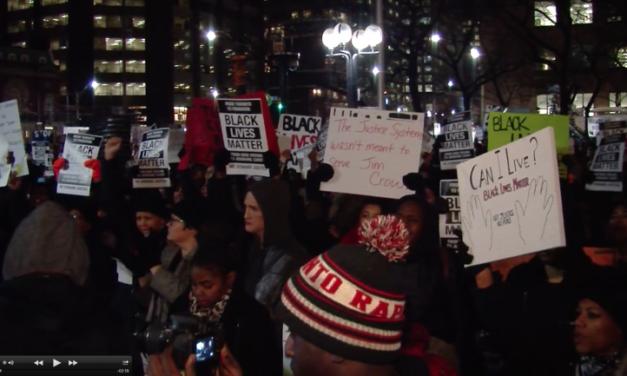 Toronto protest for Ferguson draws thousands
