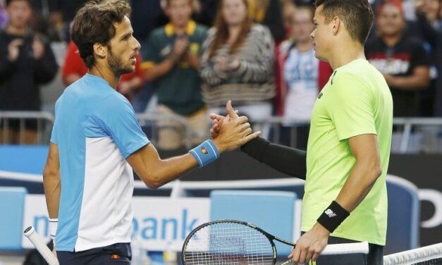 Raonic defeats Lopez, advances to quarter-finals