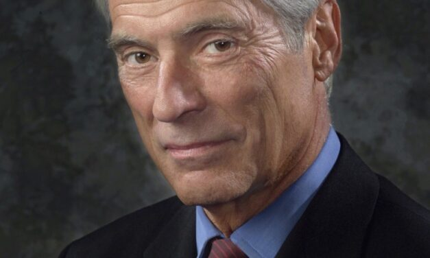 Legendary journalist Bob Simon dies at 73