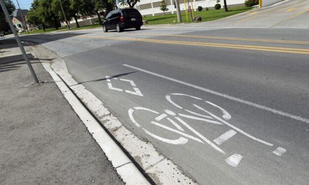 Ryerson students help plan out bike lanes