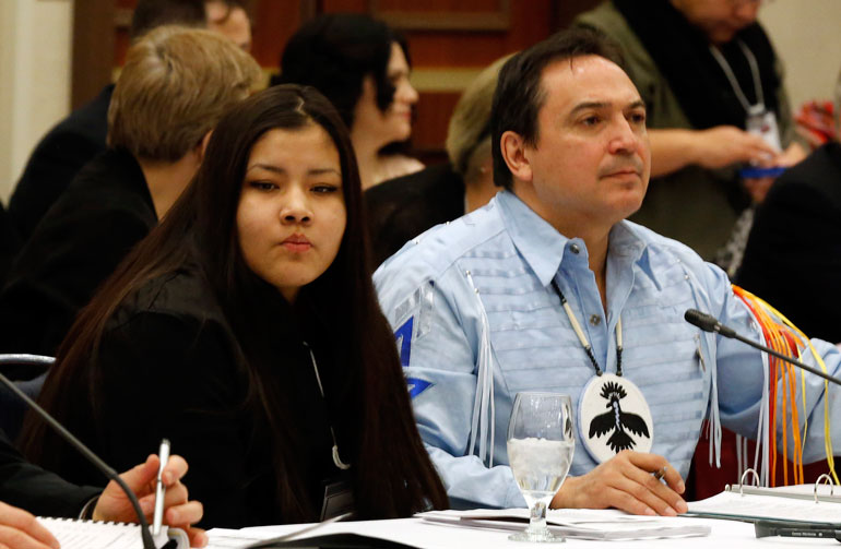 Rinelle Harper (L) and Perry Bellegarde (R)