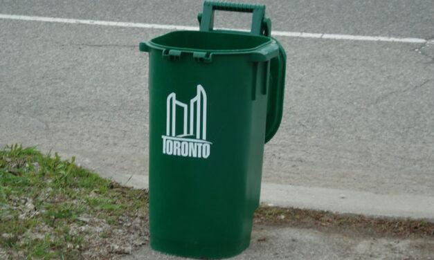 New raccoon-proof green bins for Toronto