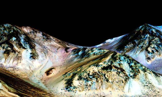NASA finds evidence of water flowing on Mars surface