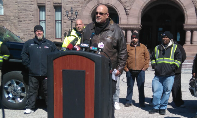 Tow truck operators rally against bill 15
