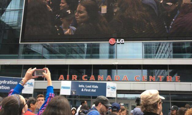 Toronto walkathon raises $900,000 for Israel