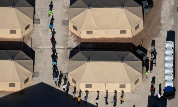 U.S. judge orders migrant families reunited within 30 days — but how remains unanswered