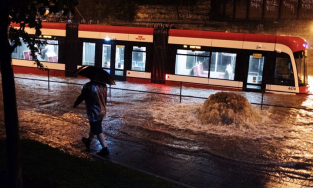 Toronto floods again as more showers are expected