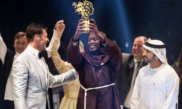 A Kenyan science teacher wins' world prize