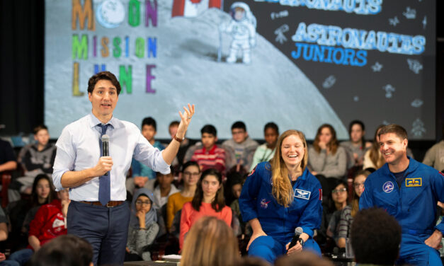 Trudeau says Canada is going to the moon