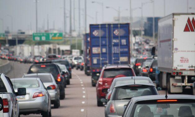 Uber and Lyft making Toronto traffic worse, Ryerson study finds