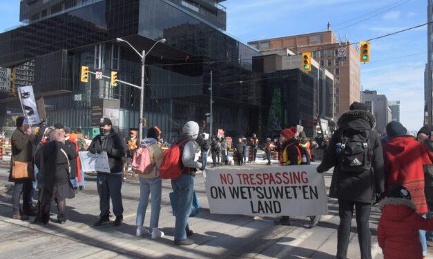 Wet'suwet'en protests continue despite RCMP action