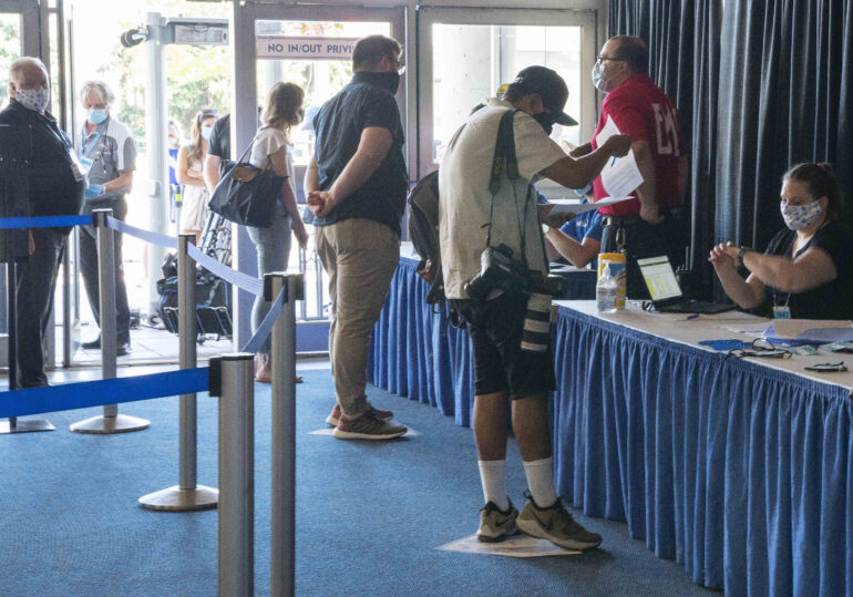 The media checks in at the Rogers Centre during the Toronto Blue Jays Workout. REUTERS/Nick Turchiaro-USA TODAY Sports