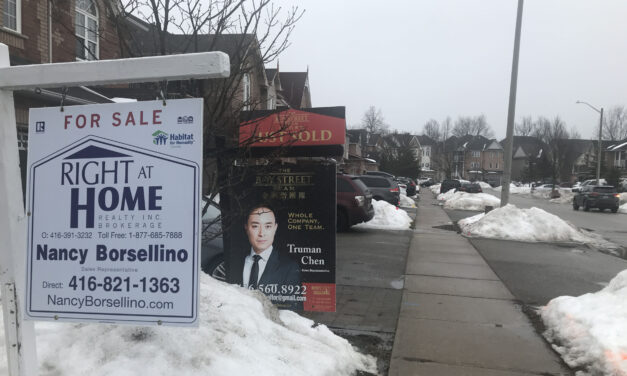 High housing prices, COVID-19 pandemic push young people out of Toronto