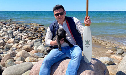 Toronto artist marks Indigenous History Month with artisan canoe paddles